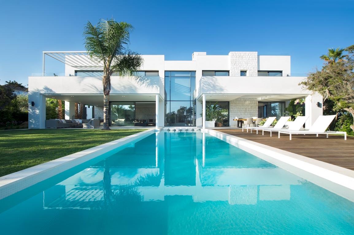 luxe villa aan zee 1 raw interiors. Black Bedroom Furniture Sets. Home Design Ideas